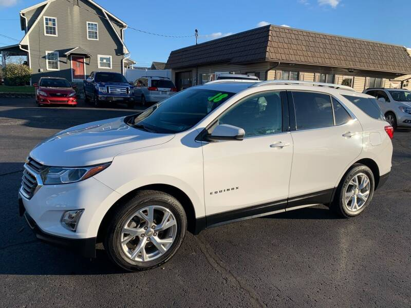 2018 Chevrolet Equinox for sale at MAGNUM MOTORS in Reedsville PA