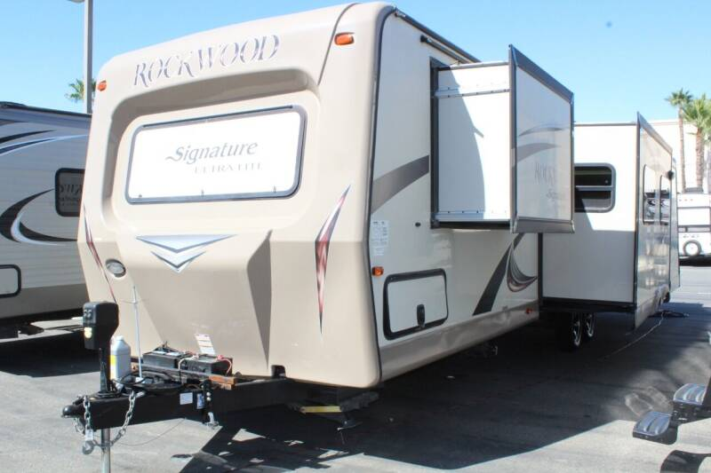 2015 Forest River Rockwood Ultra Lite 8327SS for sale at Rancho Santa Margarita RV in Rancho Santa Margarita CA