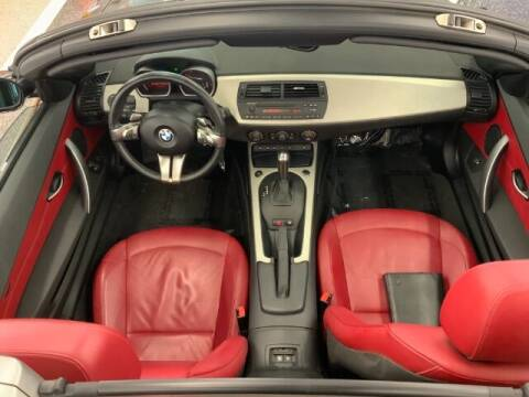 2006 BMW Z4 for sale at Dixie Imports in Fairfield OH