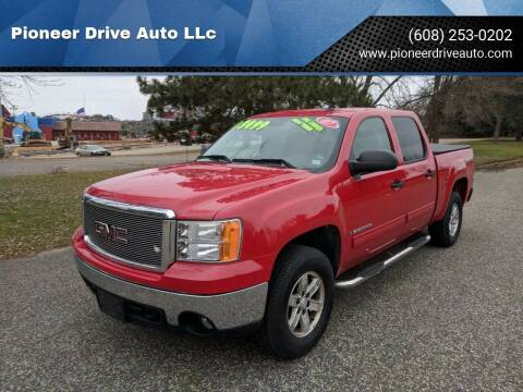 2007 GMC Sierra 1500 for sale at Pioneer Drive Auto LLc in Wisconsin Dells WI