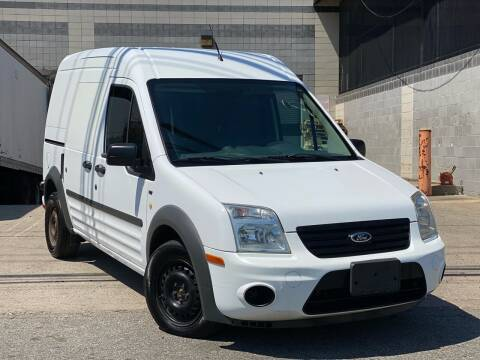 2013 Ford Transit Connect for sale at Illinois Auto Sales in Paterson NJ