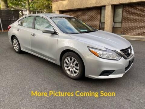 2016 Nissan Altima for sale at Warner Motors in East Orange NJ