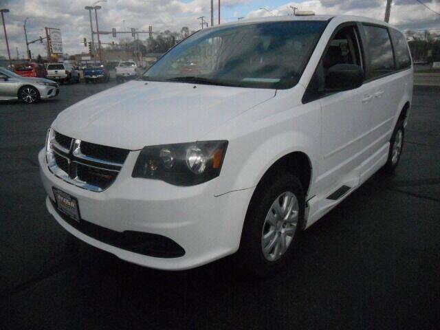 2014 Dodge Grand Caravan for sale at Windsor Auto Sales in Loves Park IL