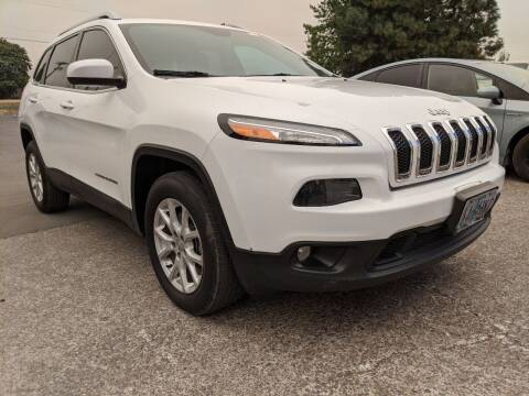 2015 Jeep Cherokee for sale at M AND S CAR SALES LLC in Independence OR