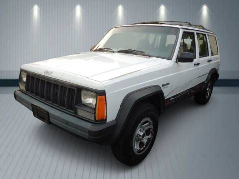 1995 Jeep Cherokee for sale at Klean Carz in Seattle WA