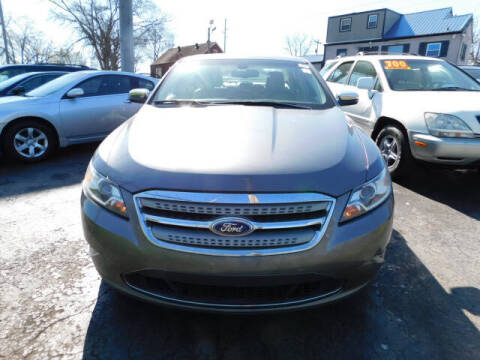 2011 Ford Taurus for sale at WOOD MOTOR COMPANY in Madison TN