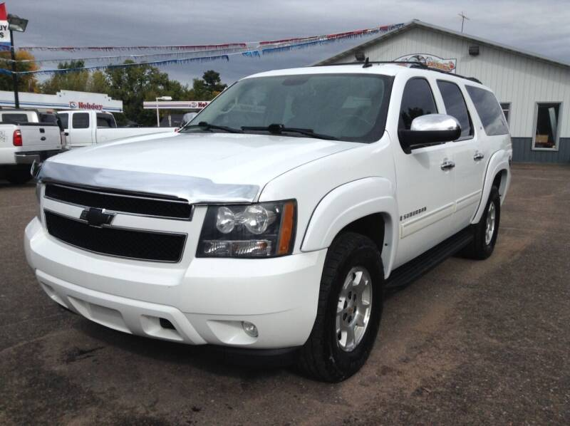 2009 Chevrolet Suburban for sale at Steves Auto Sales in Cambridge MN