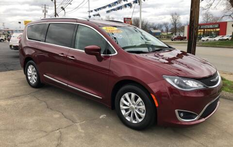 2018 Chrysler Pacifica for sale at Ancil Reynolds Used Cars Inc. in Campbellsville KY