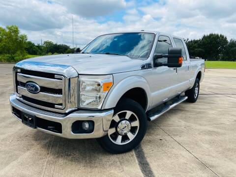 2013 Ford F-250 Super Duty for sale at AUTO DIRECT Bellaire in Houston TX