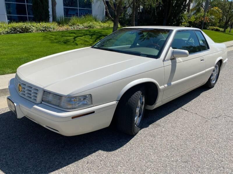 2001 Cadillac Eldorado for sale at Donada  Group Inc in Arleta CA