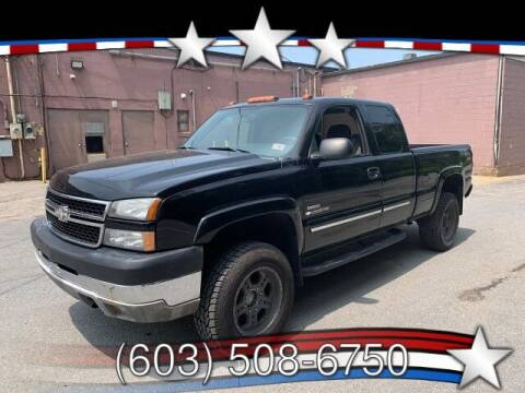 2006 Chevrolet Silverado 2500HD for sale at J & E AUTOMALL in Pelham NH