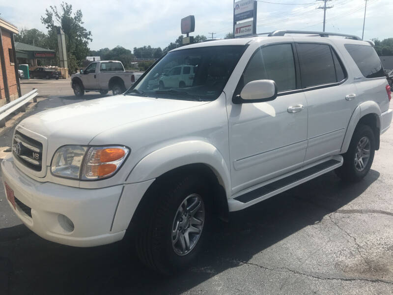 2003 Toyota Sequoia for sale at RT Auto Center in Quincy IL