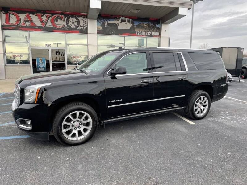 2017 GMC Yukon XL for sale at Davco Auto in Fort Wayne IN