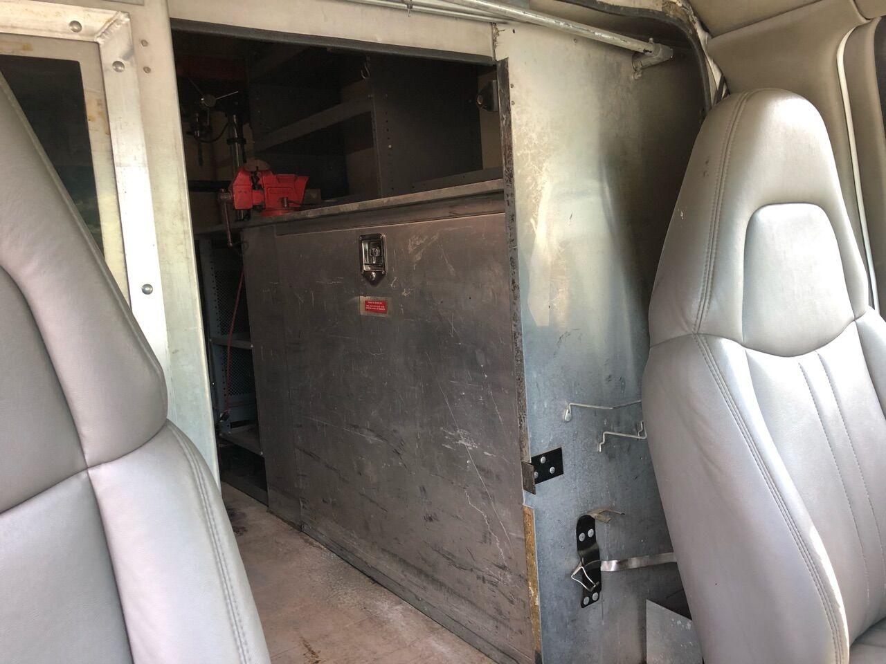 2000 GMC Savana Cutaway Specialty Vehicle