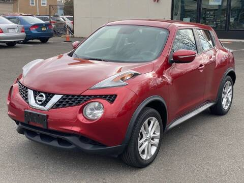 2015 Nissan JUKE for sale at MAGIC AUTO SALES in Little Ferry NJ