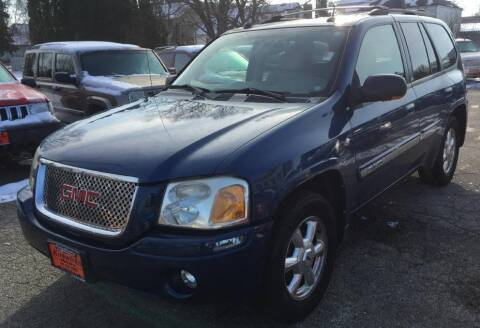 2005 GMC Envoy for sale at Knowlton Motors, Inc. in Freeport IL