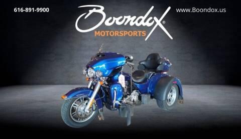 2017 Harley-Davidson TRI GLIDE ULTRA for sale at Boondox Motorsports in Caledonia MI