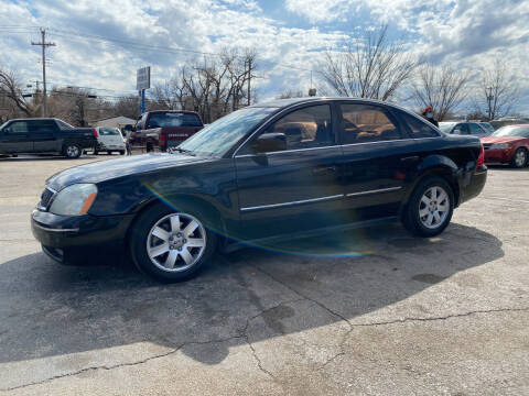 2005 Ford Five Hundred for sale at Dave-O Motor Co. in Haltom City TX
