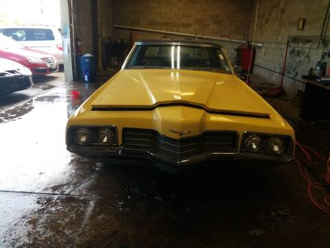 1971 Ford Thunderbird for sale at Discovery Auto Sales in New Lenox IL