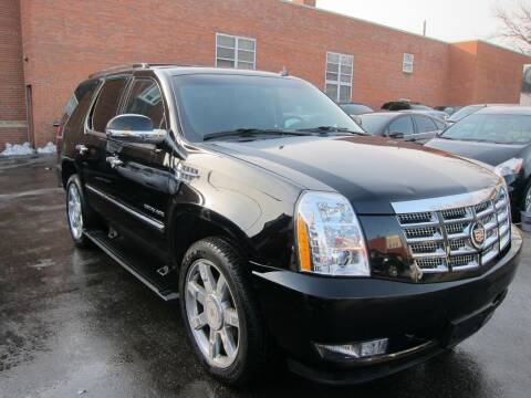 2012 Cadillac Escalade for sale at DRIVE TREND in Cleveland OH