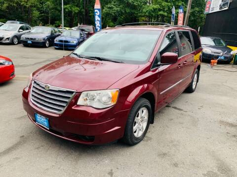 2009 Chrysler Town and Country for sale at Sport Motive Auto Sales in Seattle WA