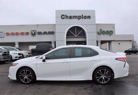 2018 Toyota Camry for sale at Champion Chevrolet in Athens AL