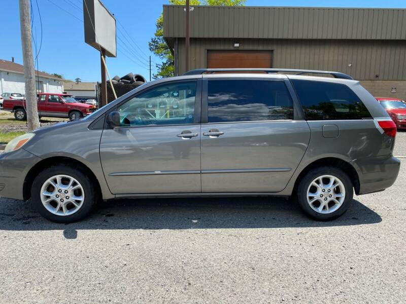 2005 Toyota Sienna for sale in Lakewood, NJ