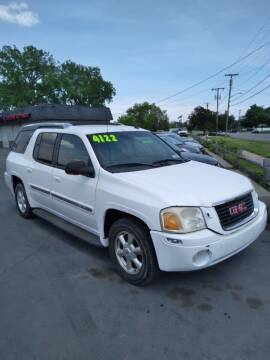 2004 GMC Envoy XL for sale at D and D All American Financing in Warren MI