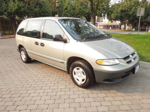 2000 Dodge Caravan for sale at Family Truck and Auto.com in Oakdale CA