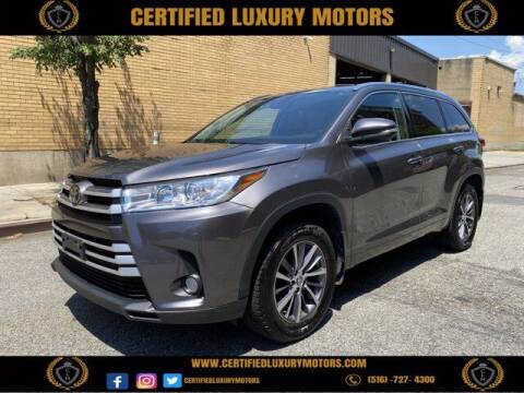 2018 Toyota Highlander for sale at CERTIFIED LUXURY MOTORS OF QUEENS in Elmhurst NY