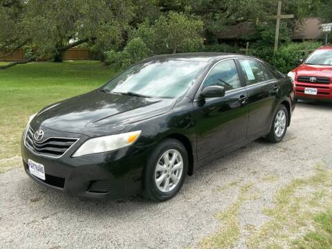 2011 Toyota Camry for sale at Hartman's Auto Sales in Victoria TX