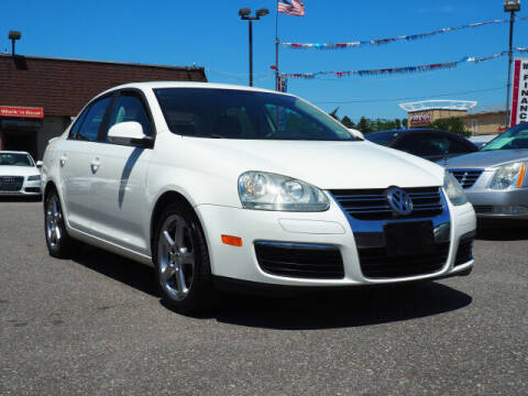 2008 Volkswagen Jetta for sale at Sunrise Used Cars INC in Lindenhurst NY