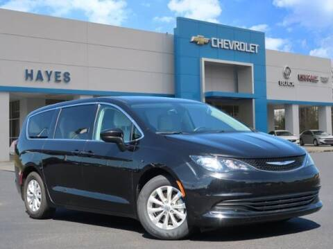 2017 Chrysler Pacifica for sale at HAYES CHEVROLET Buick GMC Cadillac Inc in Alto GA