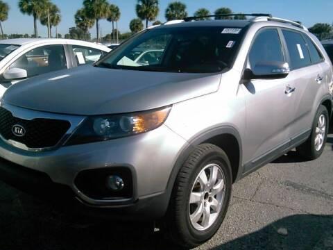 2013 Kia Sorento for sale at FLORIDA CAR TRADE LLC in Davie FL