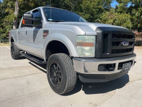2010 Ford F-250 Super Duty for sale at Thornhill Motor Company in Lake Worth TX