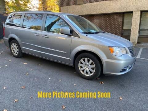 2016 Chrysler Town and Country for sale at Warner Motors in East Orange NJ