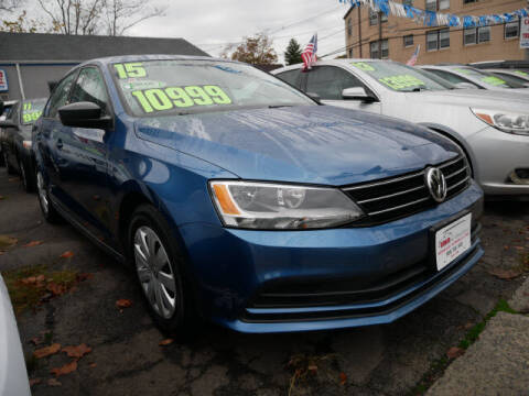 2015 Volkswagen Jetta for sale at M & R Auto Sales INC. in North Plainfield NJ