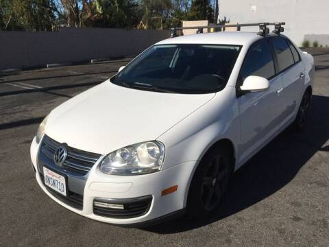2010 Volkswagen Jetta for sale at Hunter's Auto Inc in North Hollywood CA