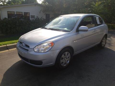 2010 Hyundai Accent for sale at TR MOTORS in Gastonia NC