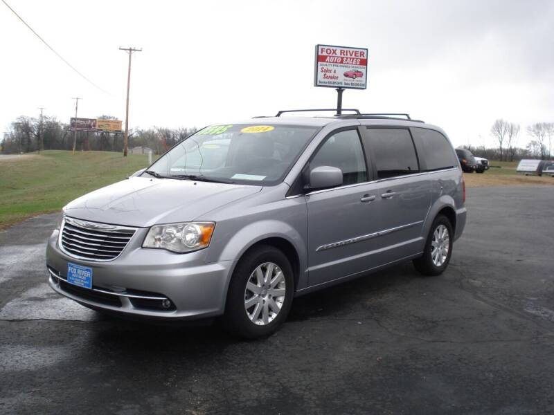 2014 Chrysler Town and Country for sale at Fox River Auto Sales in Princeton WI