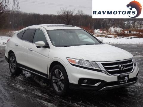 2015 Honda Crosstour for sale at RAVMOTORS in Burnsville MN