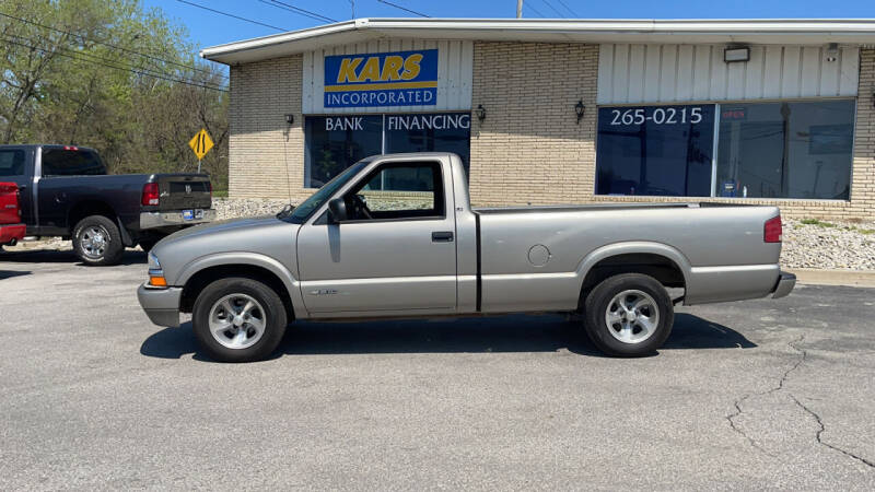2001 Chevrolet S-10 for sale in Des Moines, IA