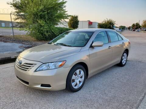 2009 Toyota Camry for sale at DFW Autohaus in Dallas TX