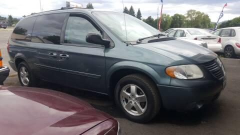 2006 Dodge Grand Caravan for sale at Direct Auto Sales+ in Spokane Valley WA