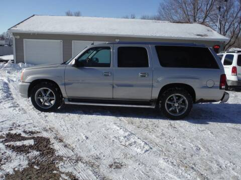 2004 Cadillac Escalade ESV for sale at Car Corner in Sioux Falls SD