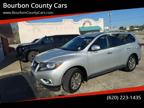 2013 Nissan Pathfinder for sale at Bourbon County Cars in Fort Scott KS