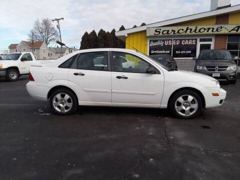 2007 Ford Focus for sale at Sarchione INC in Alliance OH