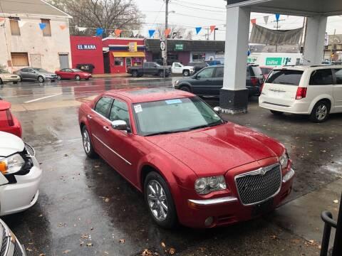 2010 Chrysler 300 for sale at Glacier Auto Sales in Wilmington DE