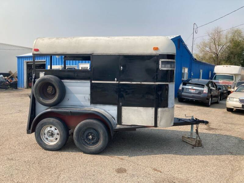 Horse trailer Horse Trailer for sale at AFFORDABLY PRICED CARS LLC in Mountain Home ID