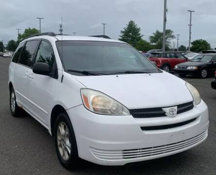 2004 Toyota Sienna for sale at Reliable Auto Sales in Roselle NJ